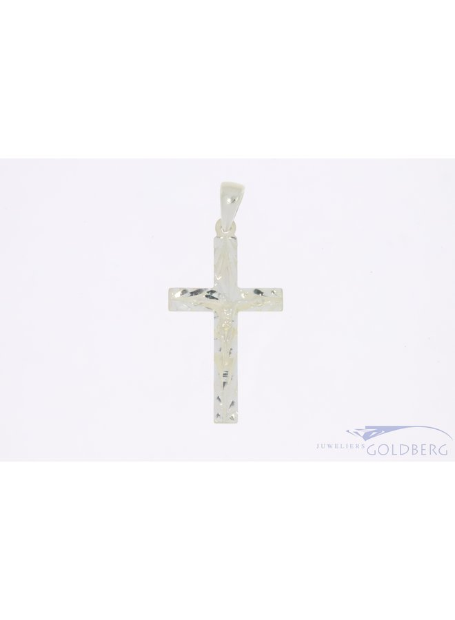 Solid silver cross with corpus crusifix