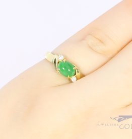 18k ring met chrysopraas en diamant