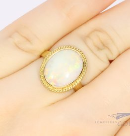 14k gold white opal ring