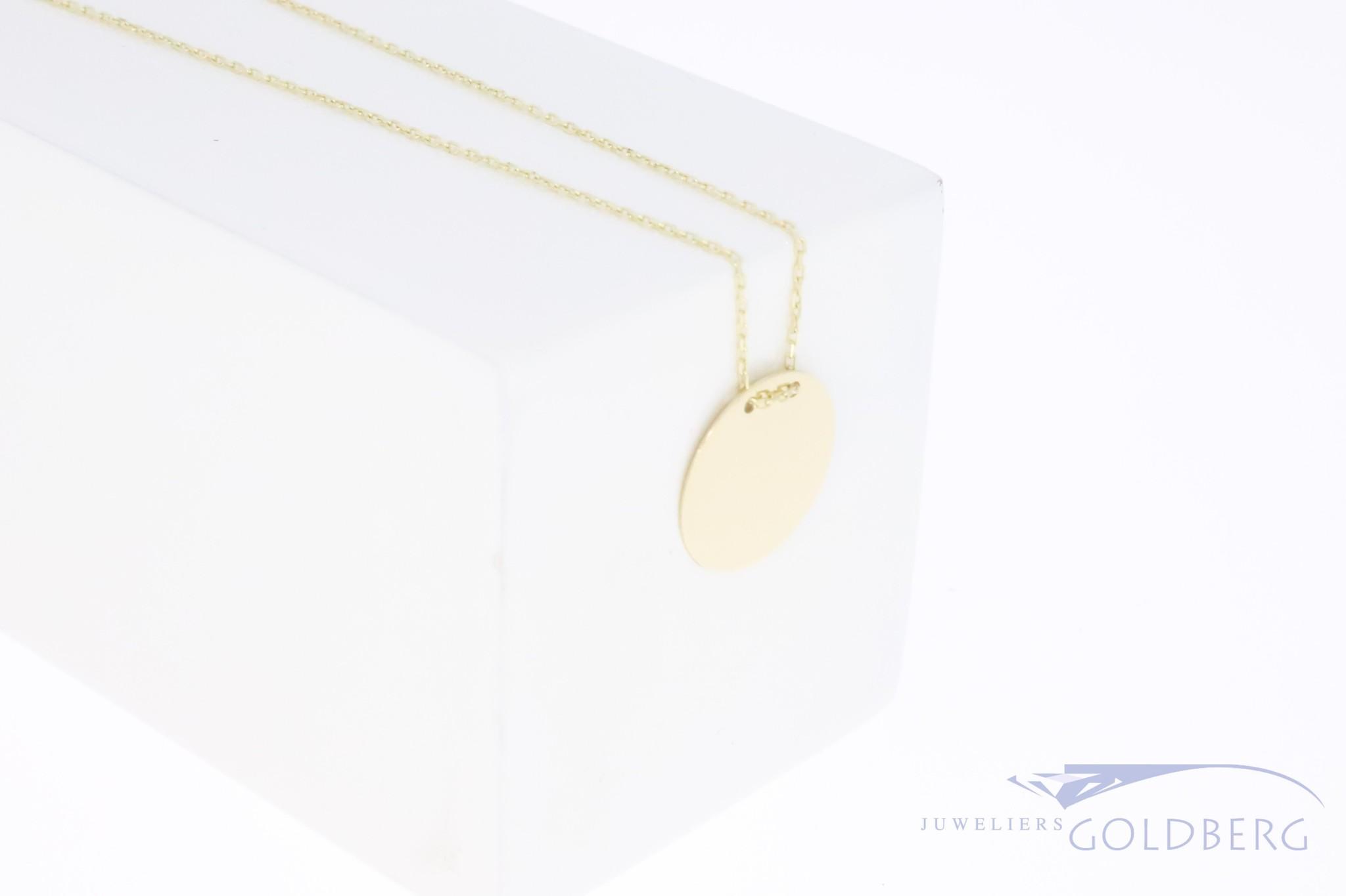 Gouden graveermunt hanger 13,5mm 14k met ketting