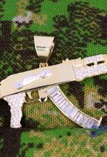 14k gouden AK47 hanger met zirconia's