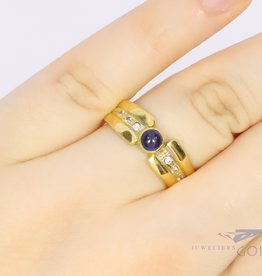 18k yellow gold ring with zirconia and sapphire