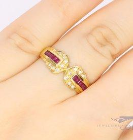 18k gouden ring met robijn en diamant