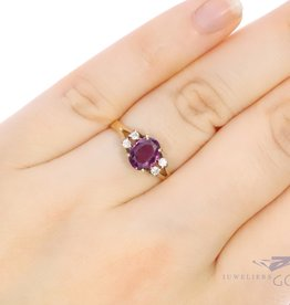 18k ring with  almandine and diamond