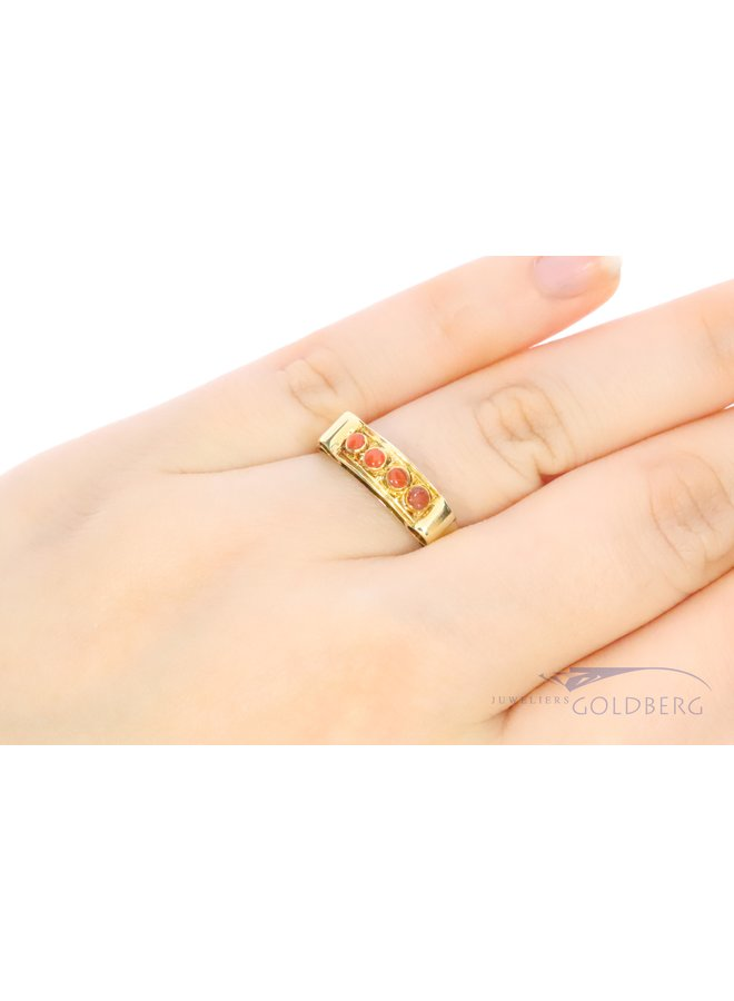 14k gold ring with red coral