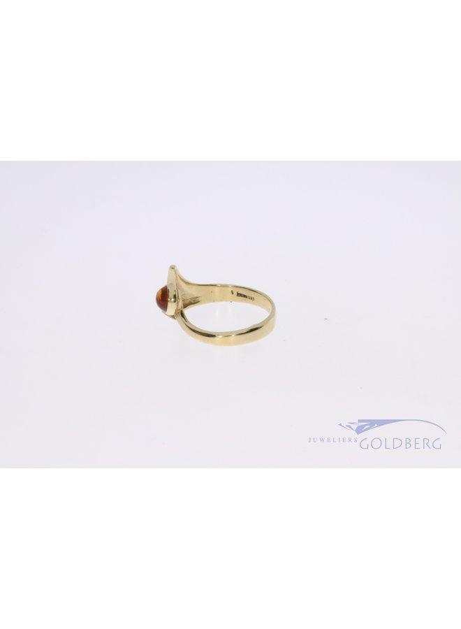 14k gouden ring met barnsteen
