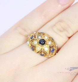 antieke 18k ring met parels en saffier