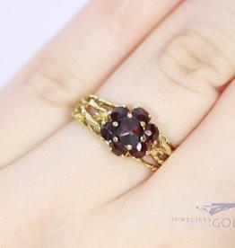 14k moderne gouden ring met granaat