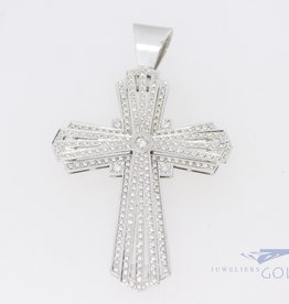 18k white gold cross with diamonds
