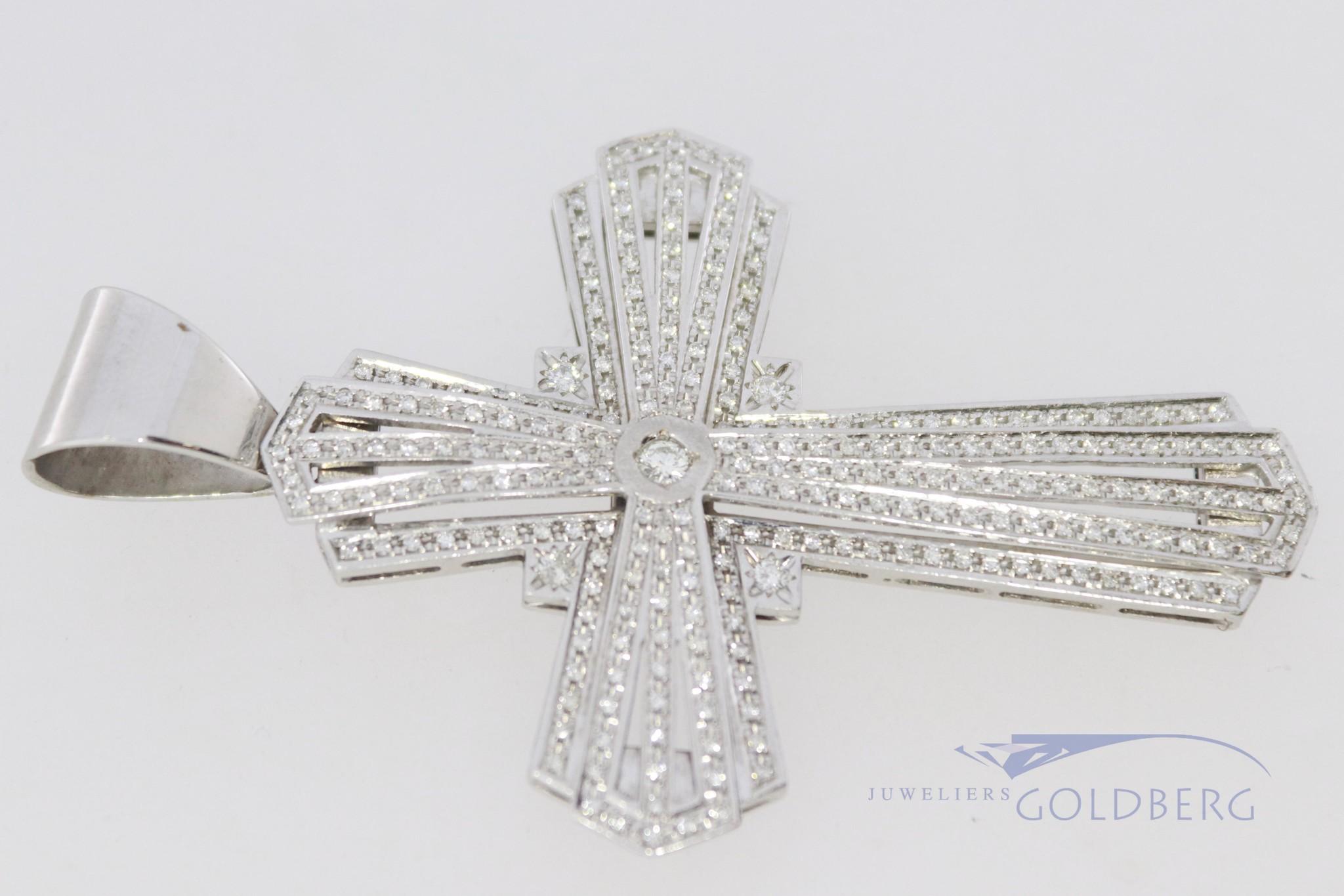 18k witgouden kruis met diamanten