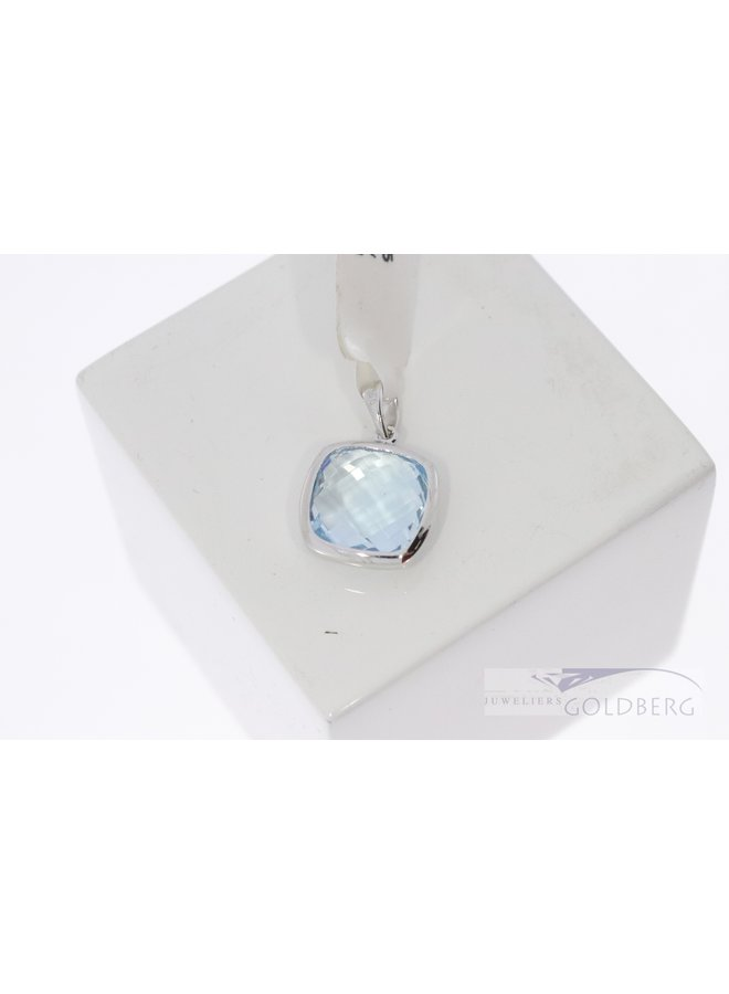silver topaz pendant