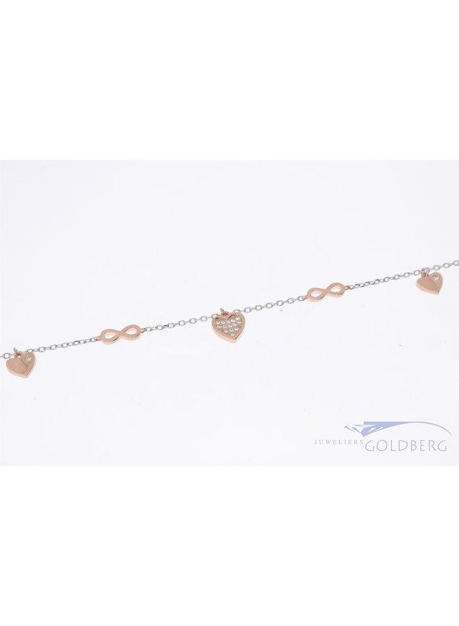 Luxe zilveren armband met hartjes en infinity