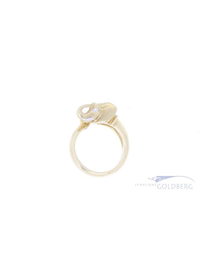 18k elephant ring with diamond