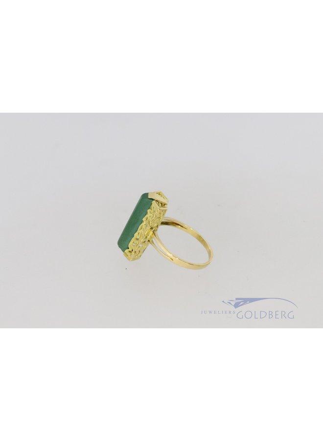 18k vintage ring met jade.
