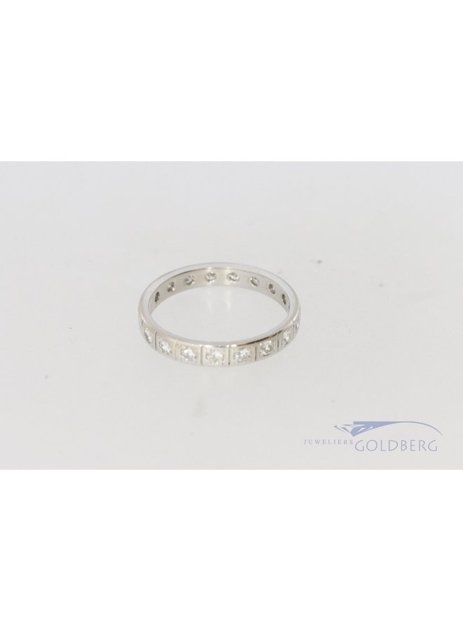 18k witgouden alliance ring met diamant.