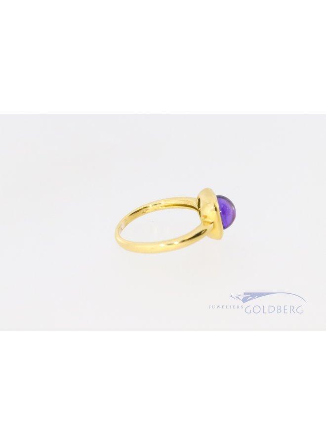 18k gouden ring met cabachon geslepen amethist