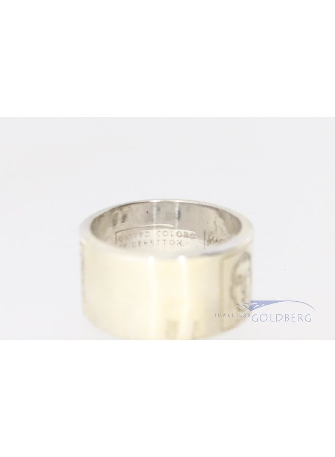 Vintage United Colors of Benetton silver ring