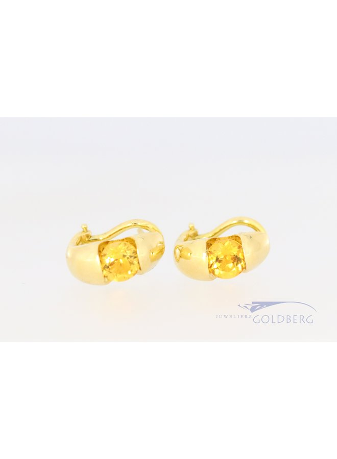 18k ear studs with citrine