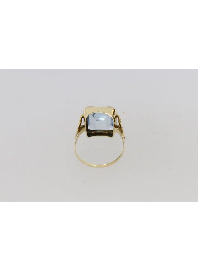 Art Deco stijl 14k geelgouden ring met aquamarijn kleurige spinel