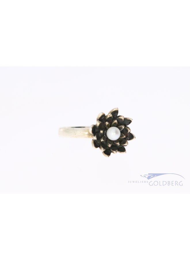 Rabinovich silver ring with lotus shape and pearl