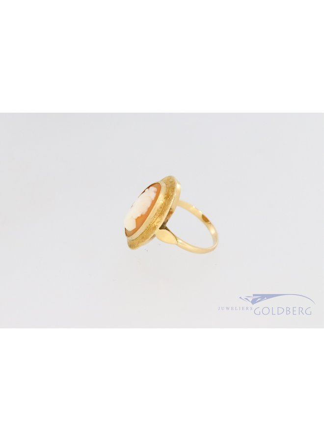 Vintage camee ring van 14k geelgoud