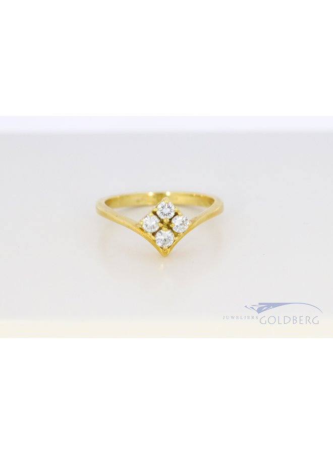 vintage 18k gold ring with diamond