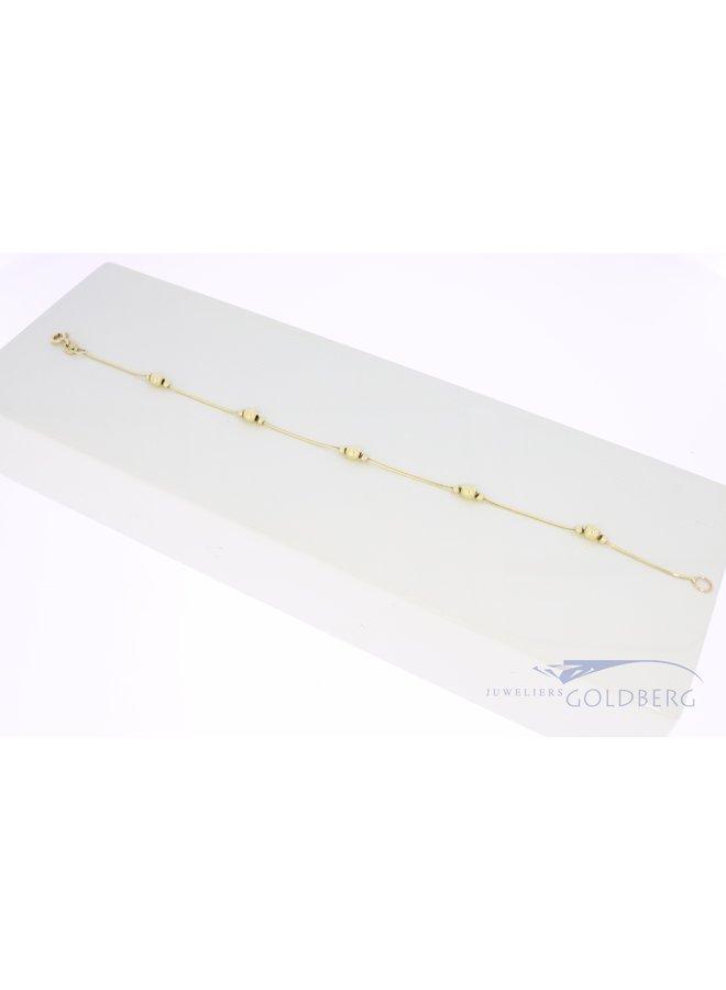 14k vintage bracelet with gold beads