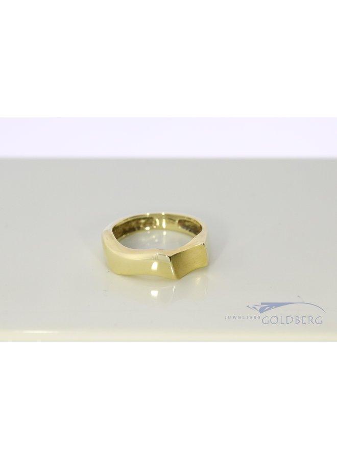 14k gold wavy fantasy ring