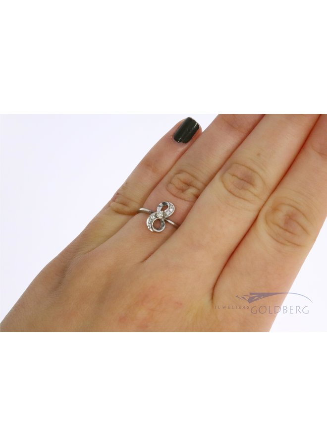vintage alliance 14k gold ring with diamond