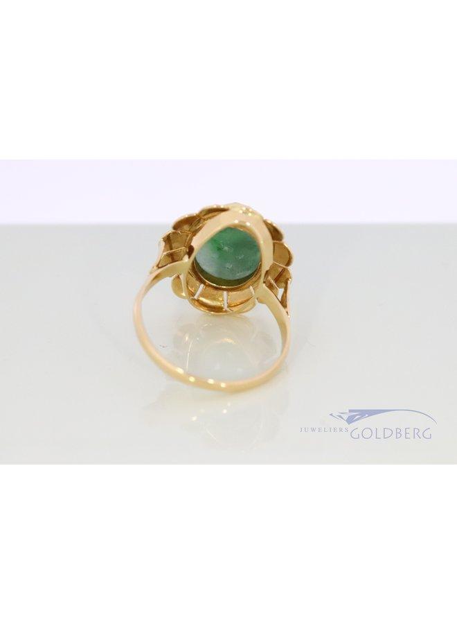 14k vintage ring with carved jade