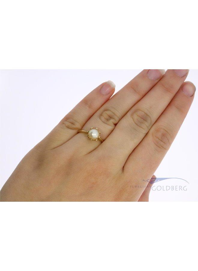 14k gouden vintage parelring met diamant