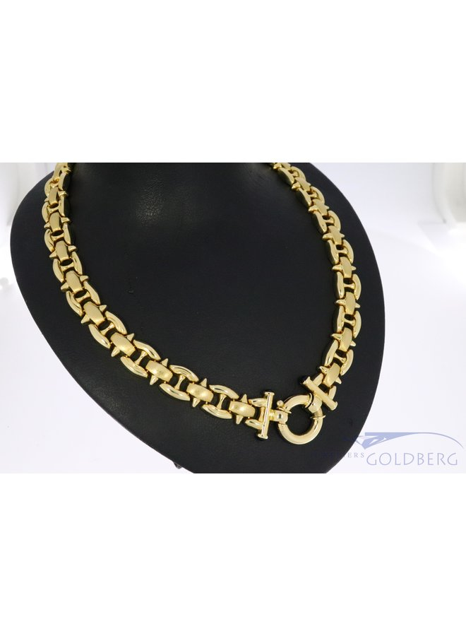14k gold choker with fantasy clasp.