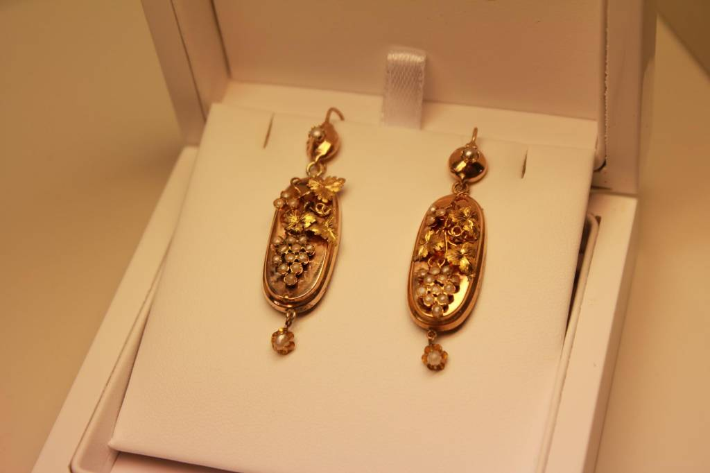 14 carat gold late 19th century antique earrings with pearls