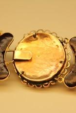 Antiek Bloedkoraal collier met 14k gouden sierslot 1853-1906
