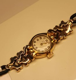 18 carat gold antique Osna ladies watch
