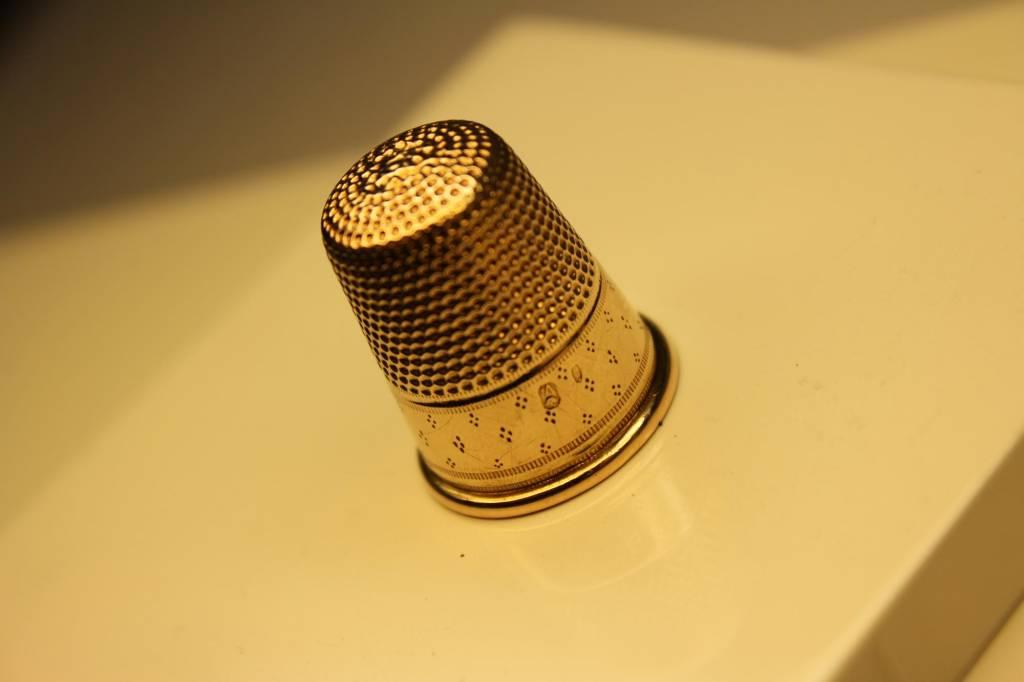 14k gouden antieke vingerhoed 1926-'27