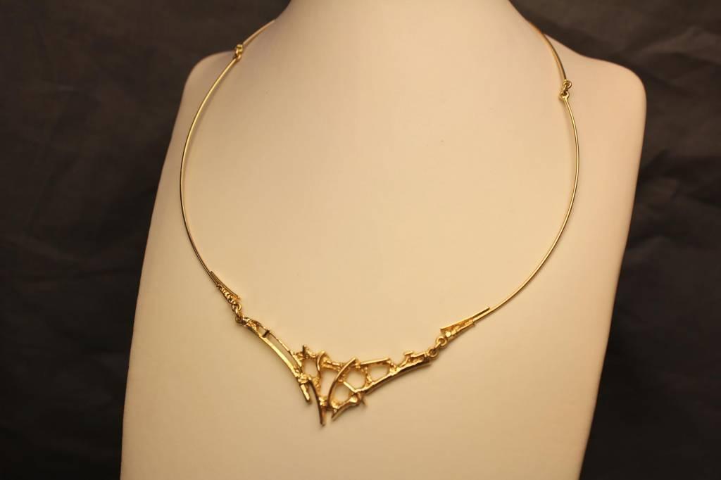 14 carat gold fantasy necklace