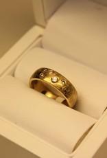 14k gouden ring uit eigen atelier met diamant