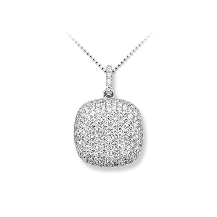 Silver pendant pave set with zirconia's