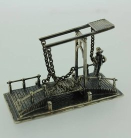 Silver drawbridge with guard miniature