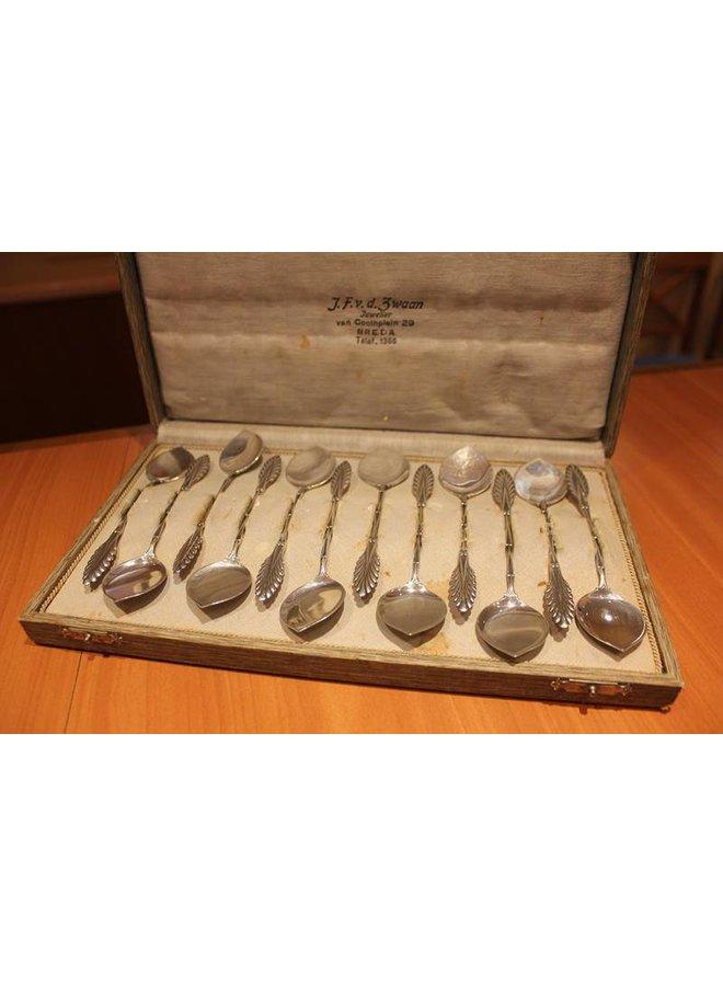Silver dessert cutlery set made by Van Kempen in 1929
