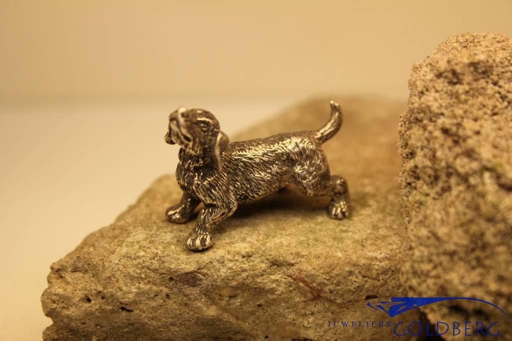 Zilveren miniatuur hondje (teckel)