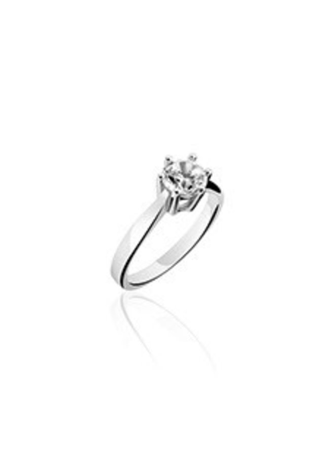 Silver solitaire ring with zirconia 4mm