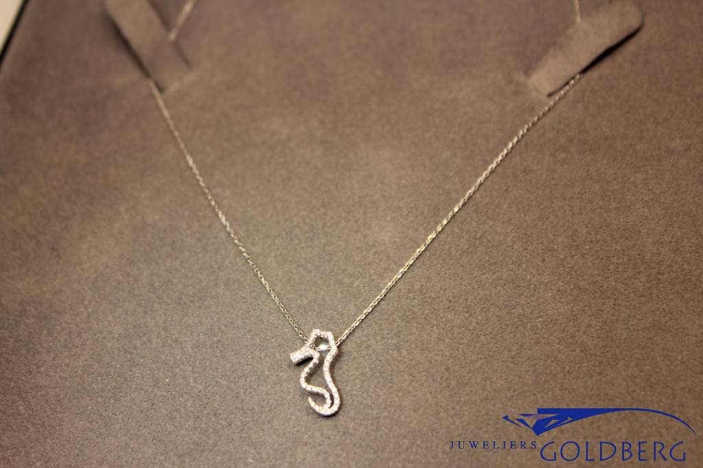 18 carat white gold necklace seahorse diamond