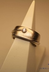 Handmade silver ring with zirconia (from our workshop)