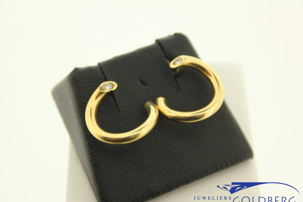 Vintage 18k gouden gedraaide oorstekers met 0.09ct briljant