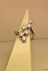 Zilveren fantasie ring met zirconia's