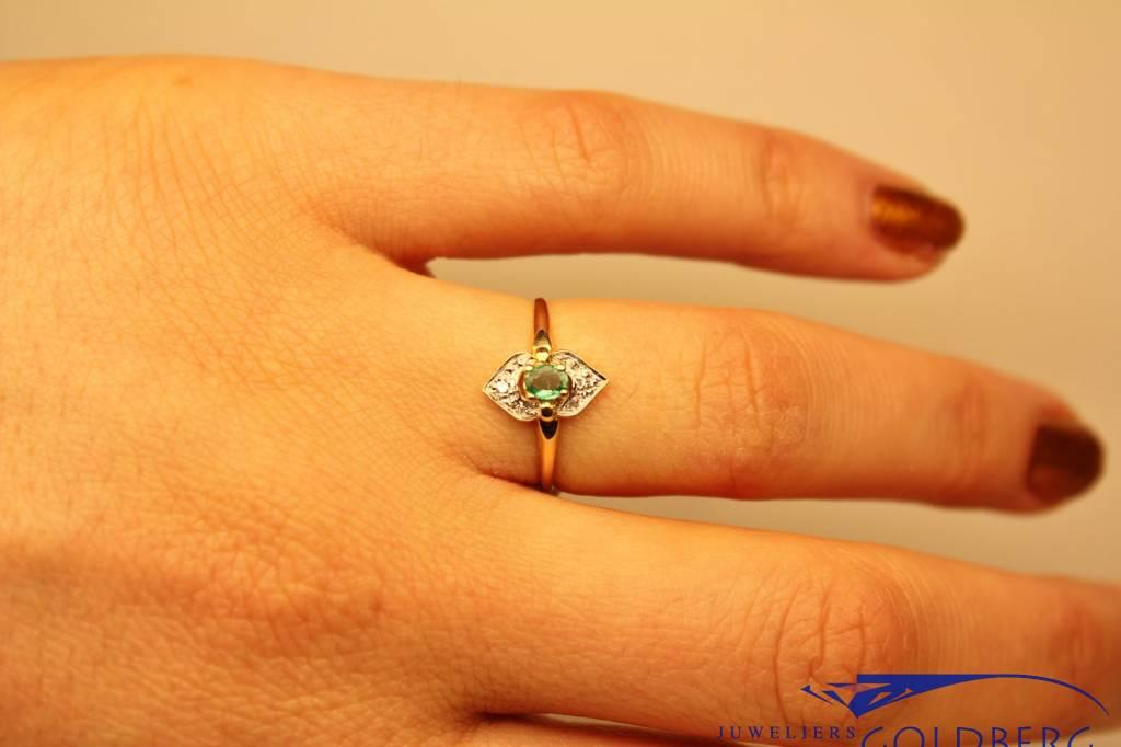 18k gouden art deco stijl ring smaragd en diamant