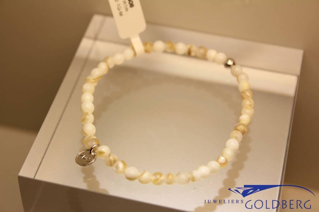 MAS Jewelz MAS armbandje mother of pearl zilver model 1 M