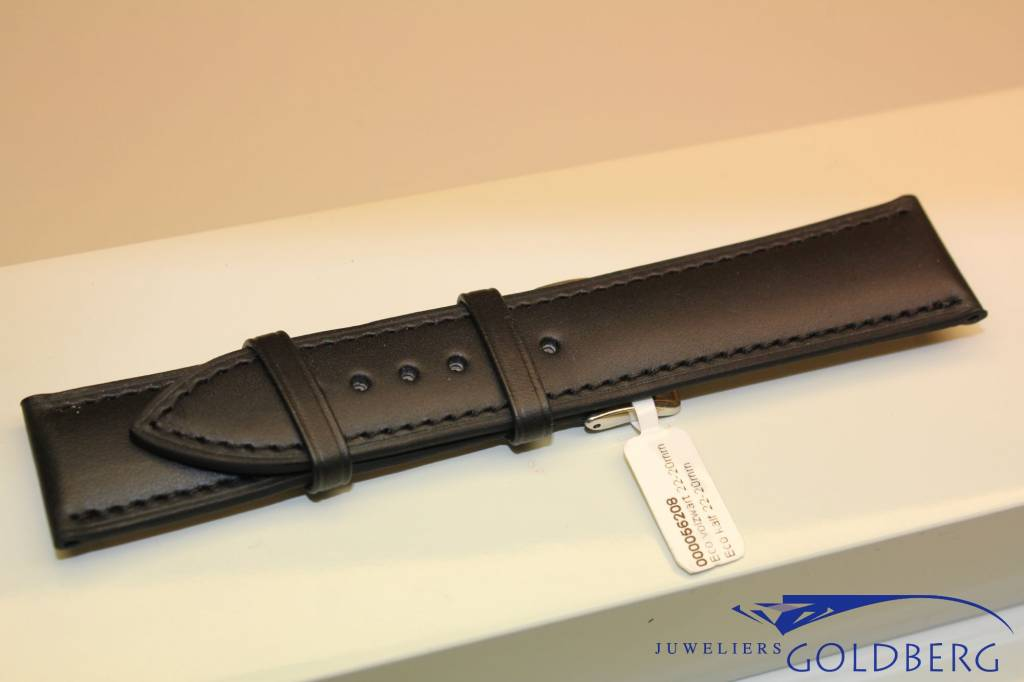 Handmade watch band ECO calfskin black with black stitchings 22/20mm